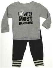a Small Change Voted Most Handsome outfit